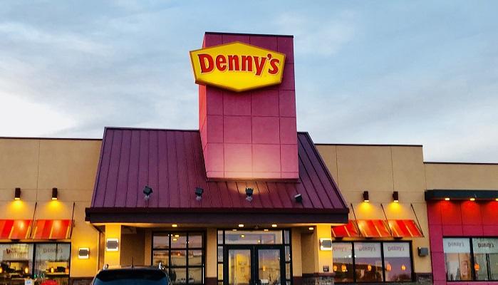 アメリカで初めてのデニーズ!注文の仕方や量の多さ・味の感想について