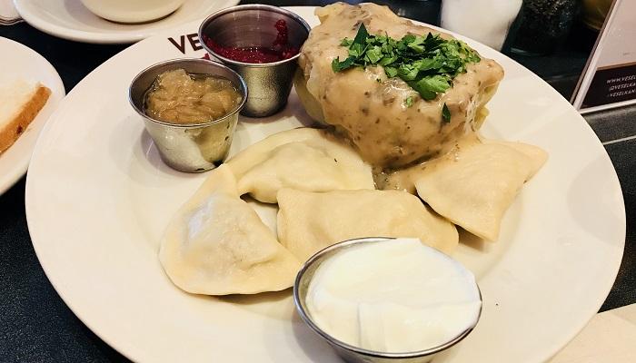「Veselka」NYで本格的なウクライナ料理