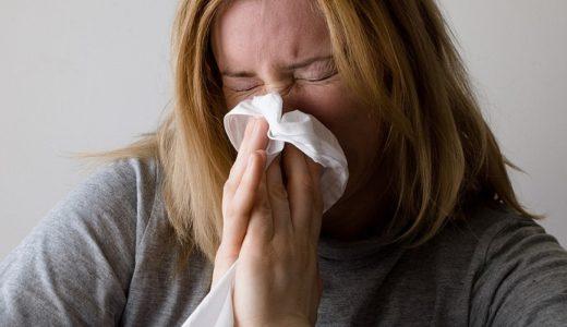 【花粉症の英語表現】hay feverは使わない?アメリカ人への伝え方